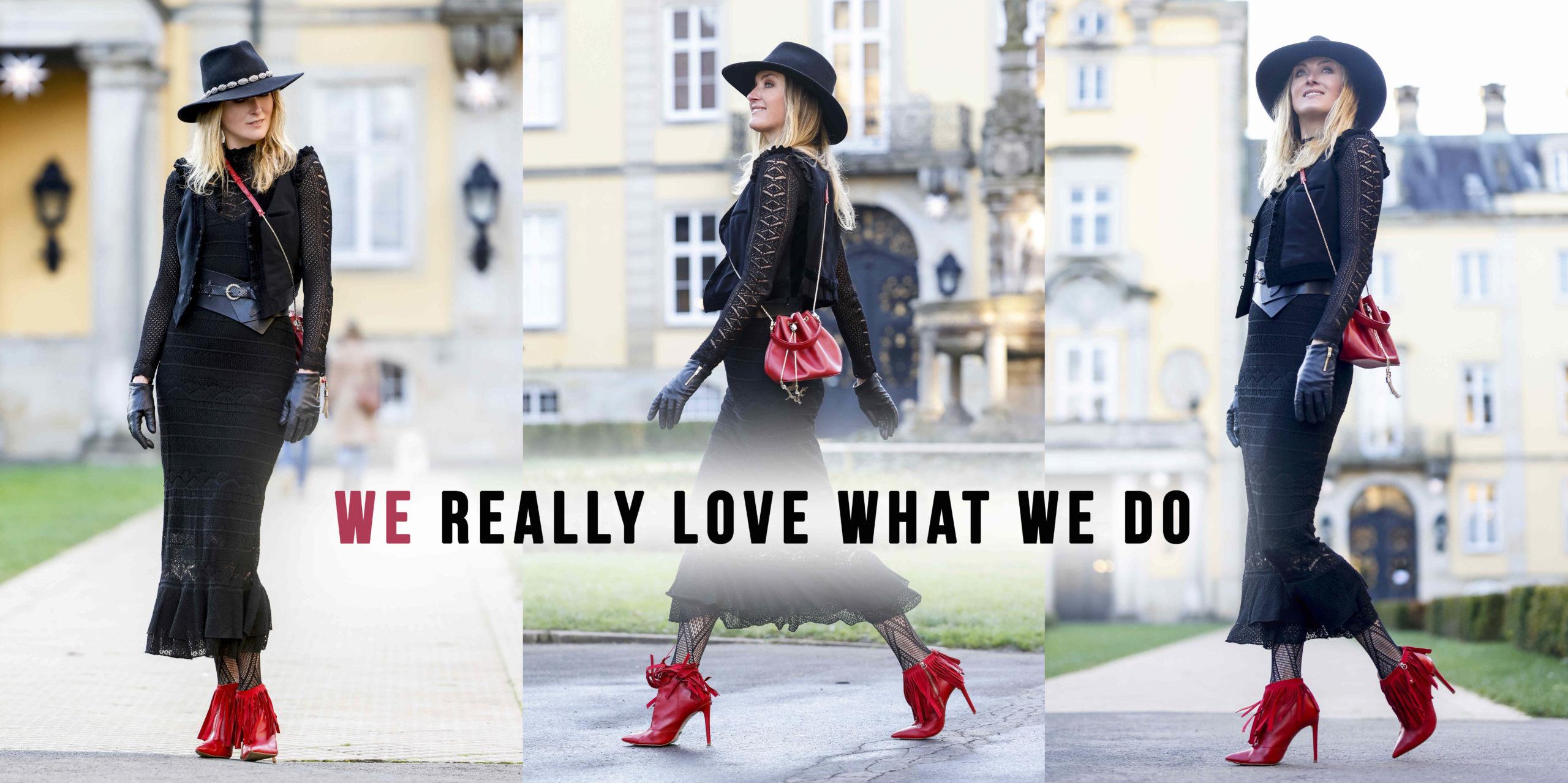 Prinzessin Lilly zu Sayn-Wittgenstein-Berleburg trägt ein schwarzes Klein, einen schwarzen Hut, wine rote Tasche, rote Schuhe und schwarze Handschuhe