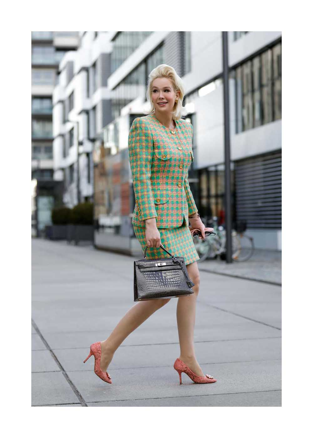 Ira Wolff Streetstyle Shooting In Cologne