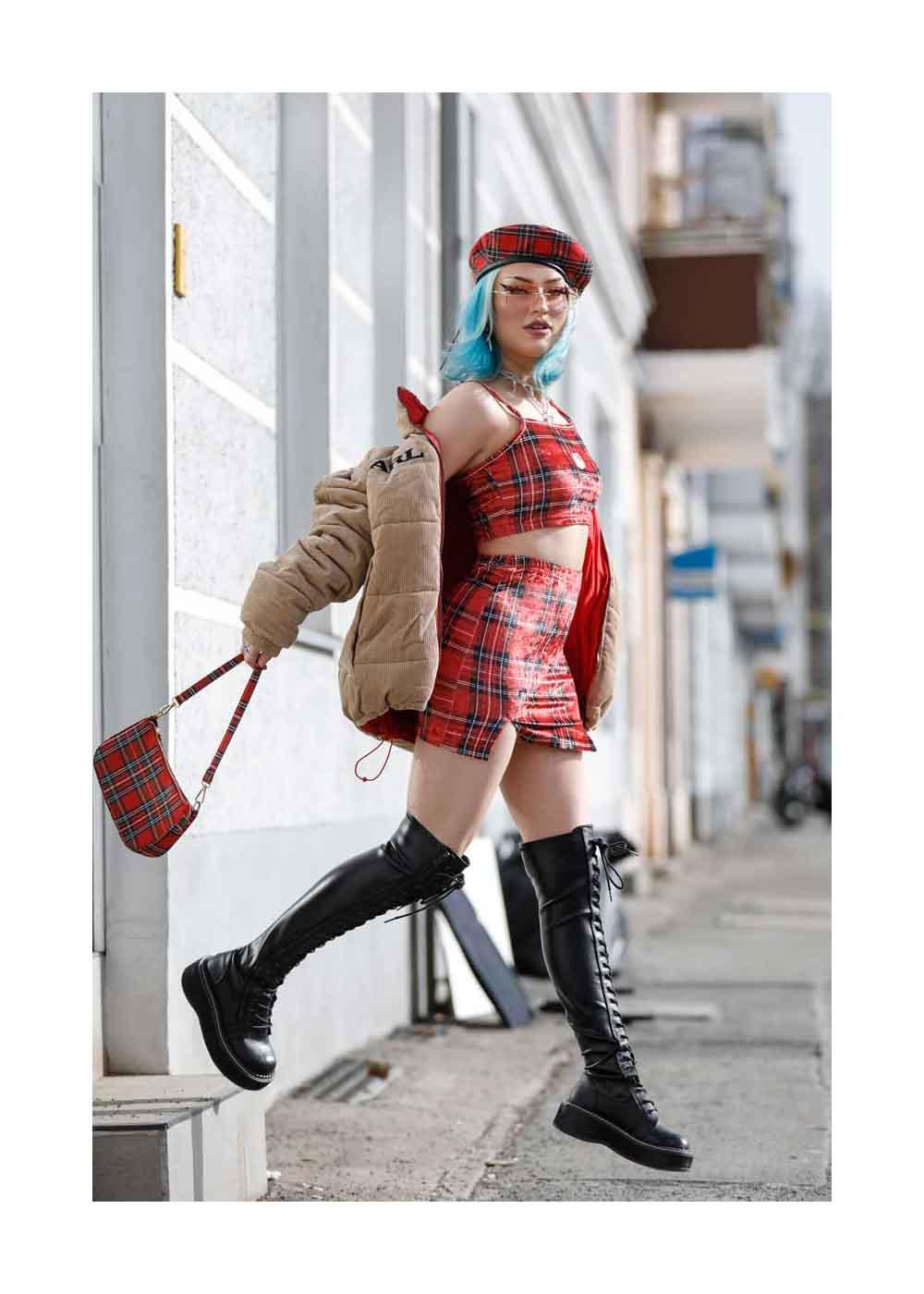 Naomi Jon Streetstyle Shooting In Berlin