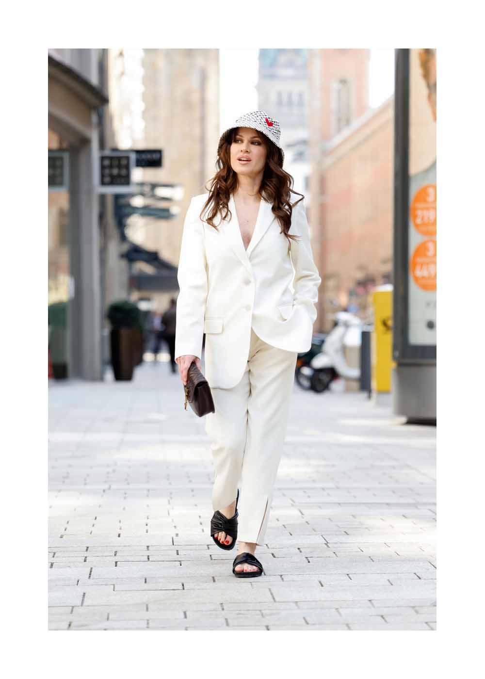 Streetstyle Shooting mit Schauspielerin Natalia Avelon