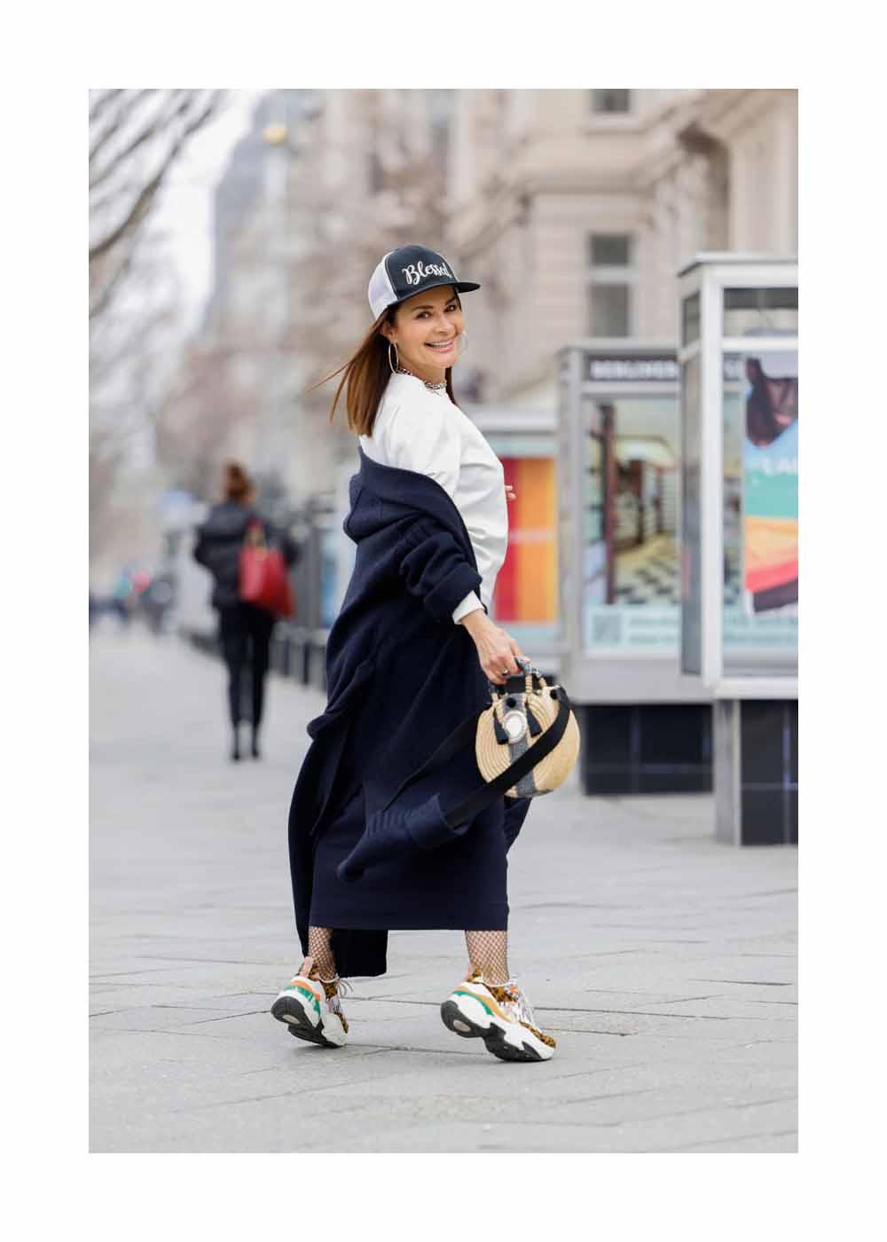 Street Style Shooting mit Model und Djane Gitta Saxx